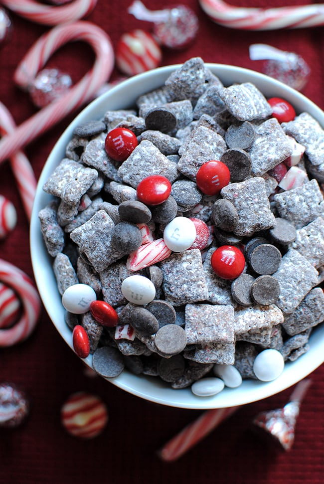 Peppermint Bark Puppy Chow - and 25 other variations of Muddy Buddies (Puppy Chow)