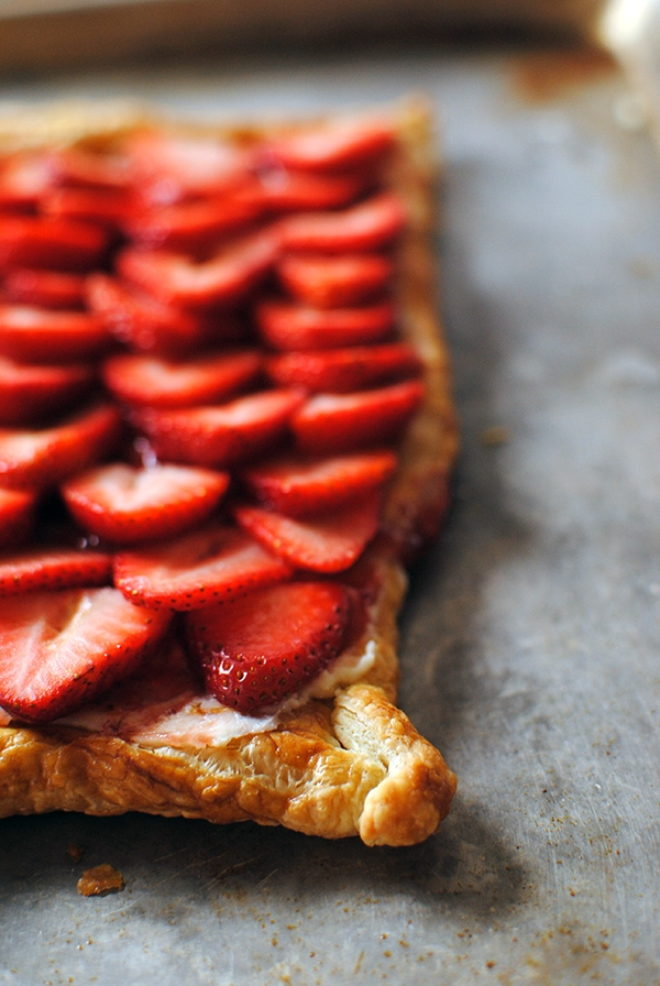 Easy puff pastry strawberry tart let 39 s eat cake a for Easy jam tarts ready made pastry