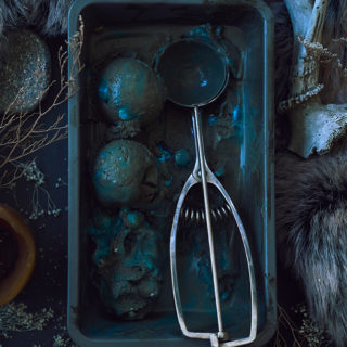 "Game of Thrones Ice Cream ""White Walker"" 