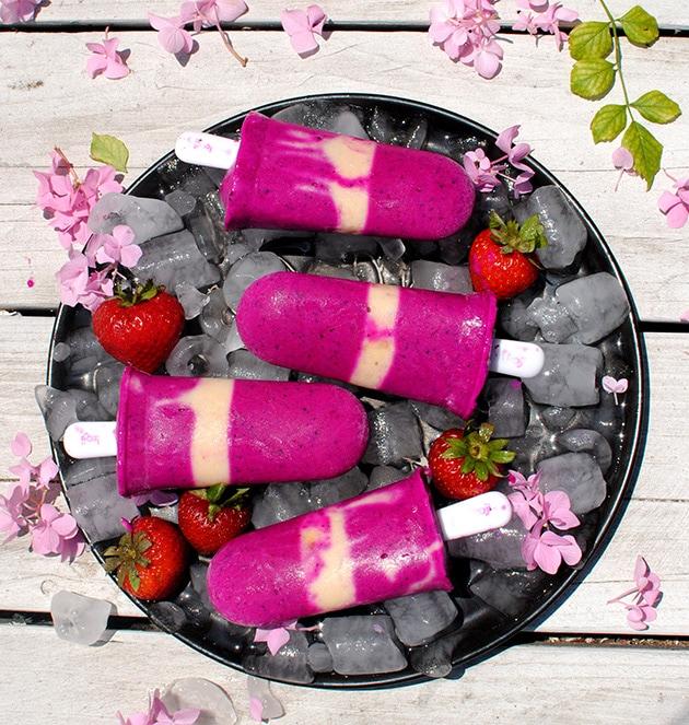 Strawberry Dragon Fruit Popsicles | LetsEatCake.com