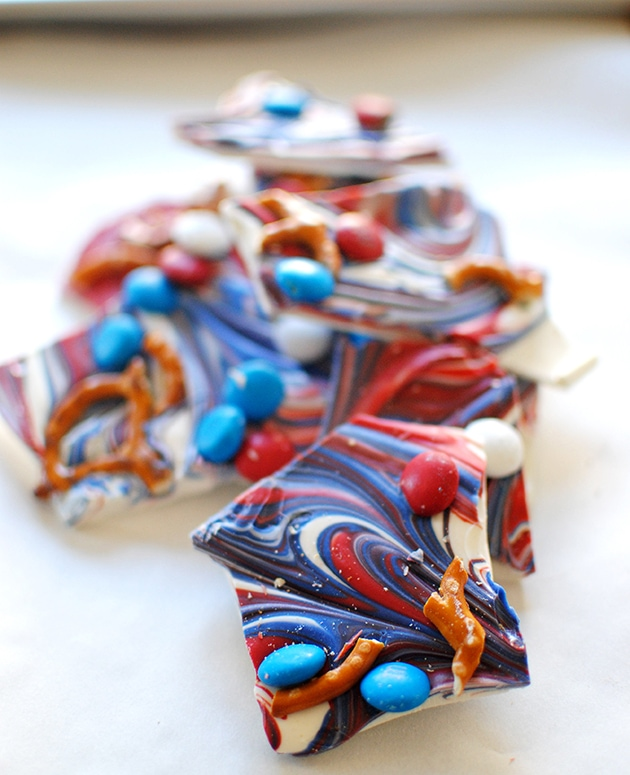 Red White Blue Candy Bark | LetsEatCake.com