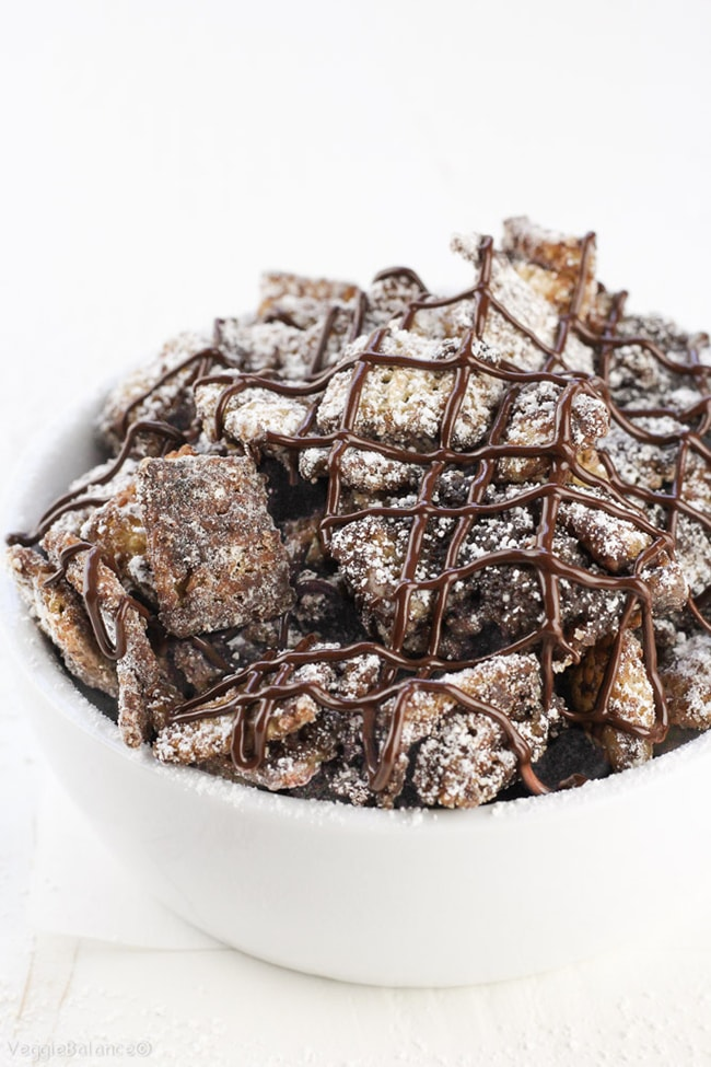 25 Muddy Buddies recipes - vegan dark chocolate