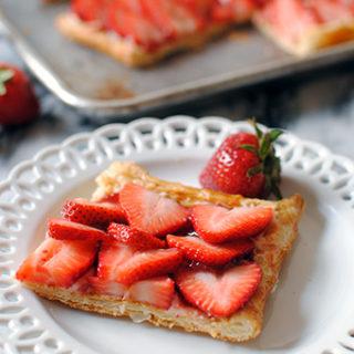 Strawberry Tart Puff Pastry Crust