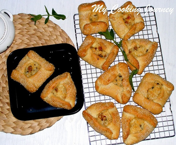 Greek Flaounes