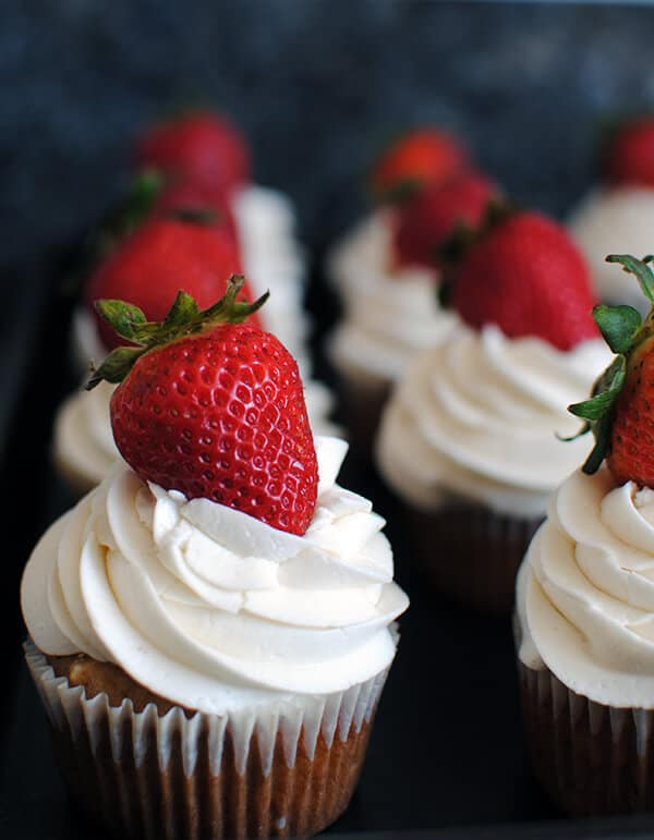 Homemade Strawberry Cupcakes with Fresh Strawberries