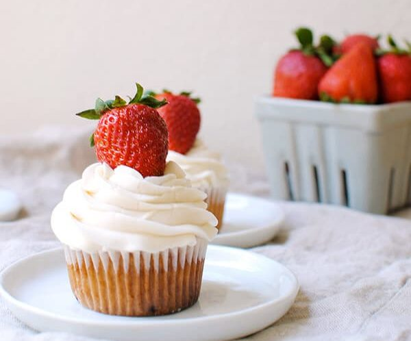 Strawberry Cupcakes with Vanilla Buttercream Frosting