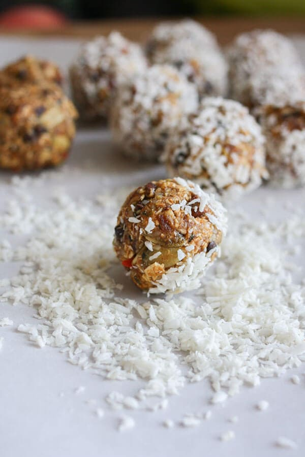 Raw Superfood Energy Balls