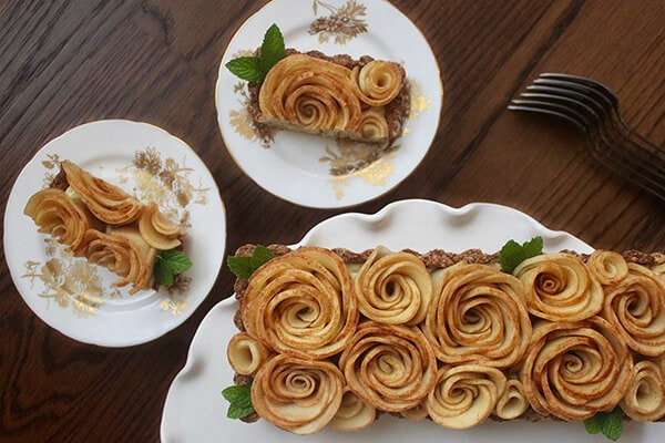 Healthy Desserts: Apple Rose Tart