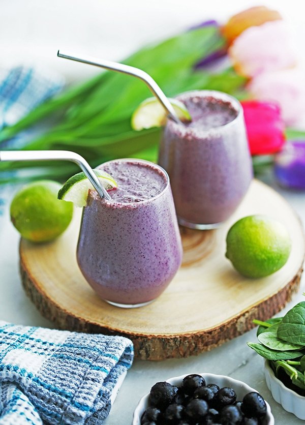 21 Smoothie Recipes - Blueberry Lime