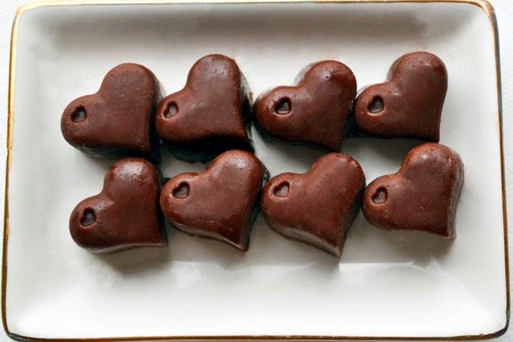 Peanut Butter Chocolate Keto Fat Bombs