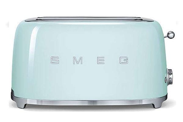 Classic Smeg Pastel Green Toaster