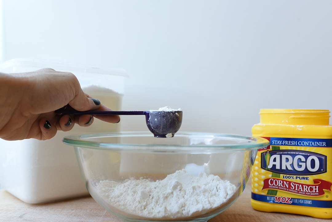 How to Make a Cake Flour Substitute