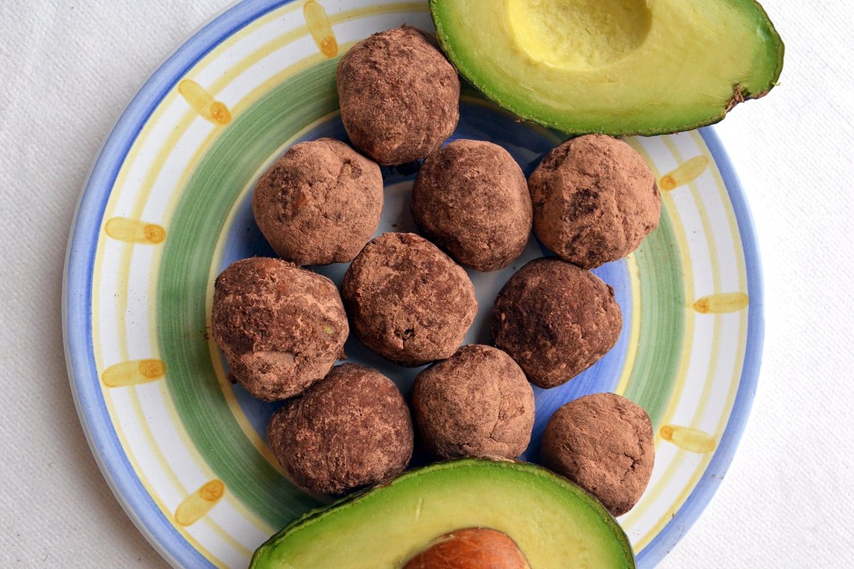 Keto-Friendly Chocolate Avocado Fat Bombs
