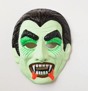 Halloween Hashtags for Instagram - vampire mask