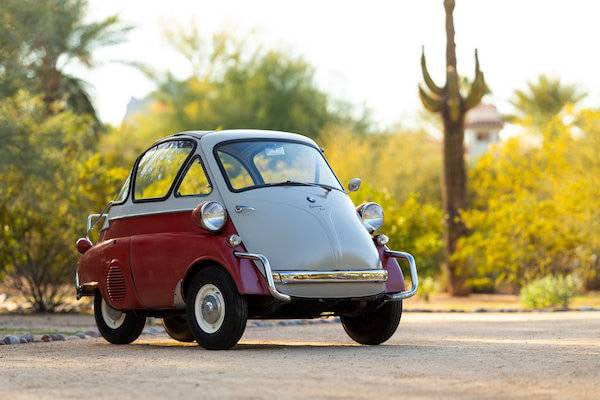 Smallest Cars in the World - BMW Isetta 250