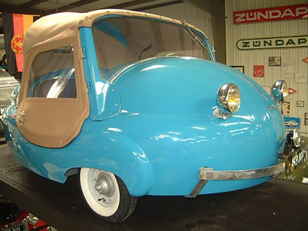 Smallest Cars in the World Paul Vallee ChaSmallest Cars in the World - Paul Vallee Chanteclerantecler