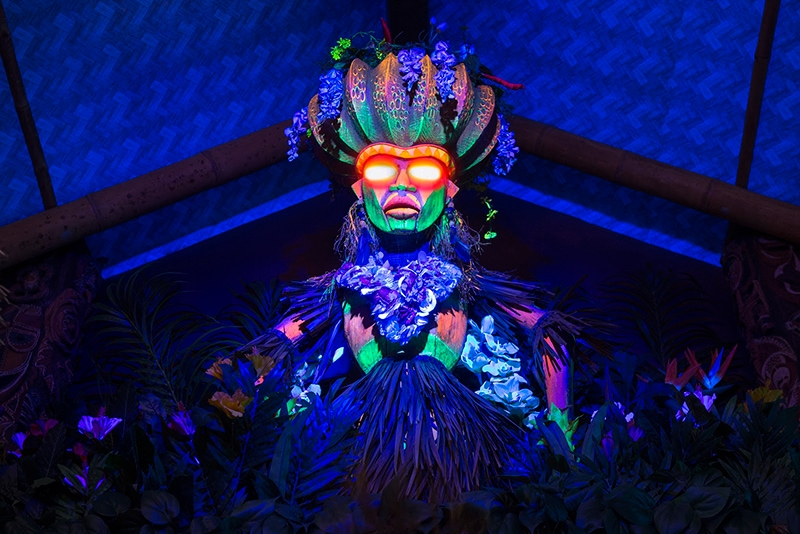 Disney Drinks Bar Crawl - Trader Sam's Grog Grotto