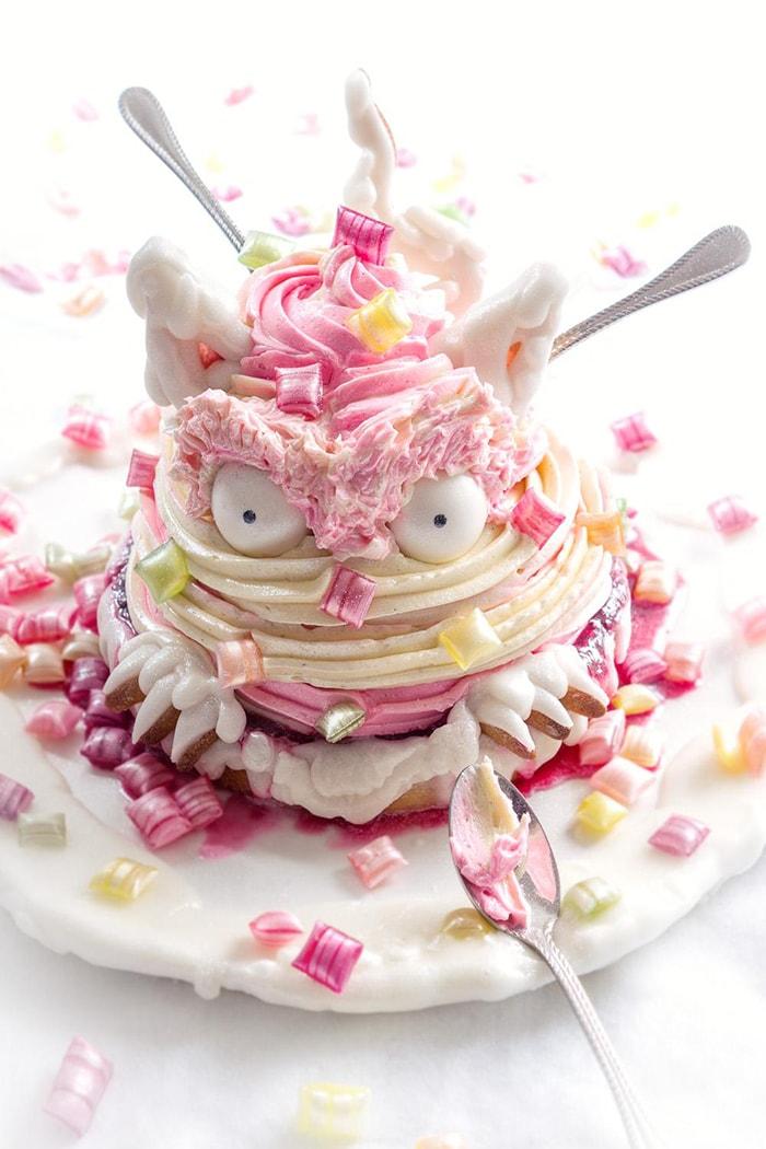 La Chateleine Creepy Halloween Cakes and Desserts - Creamonster Pie