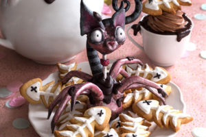 La Chateleine Creepy Halloween Cakes and Desserts
