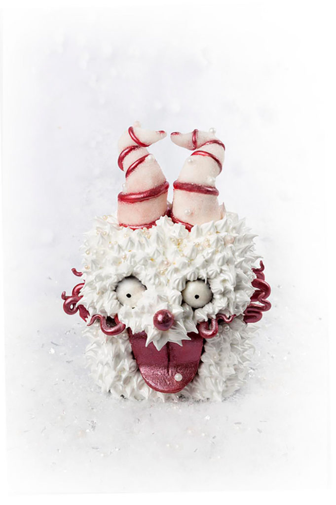 La Chateleine Creepy Halloween Cakes and Desserts - Snowflake Box