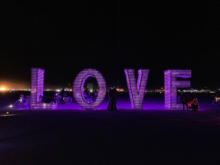 10 Principles of Burning Man - Laura Kimpton and Jeff Schomberg Love Sculpture
