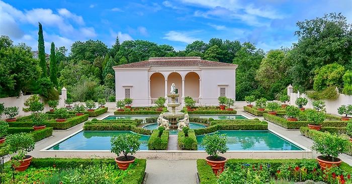 House Sitting - Large Italian Villa