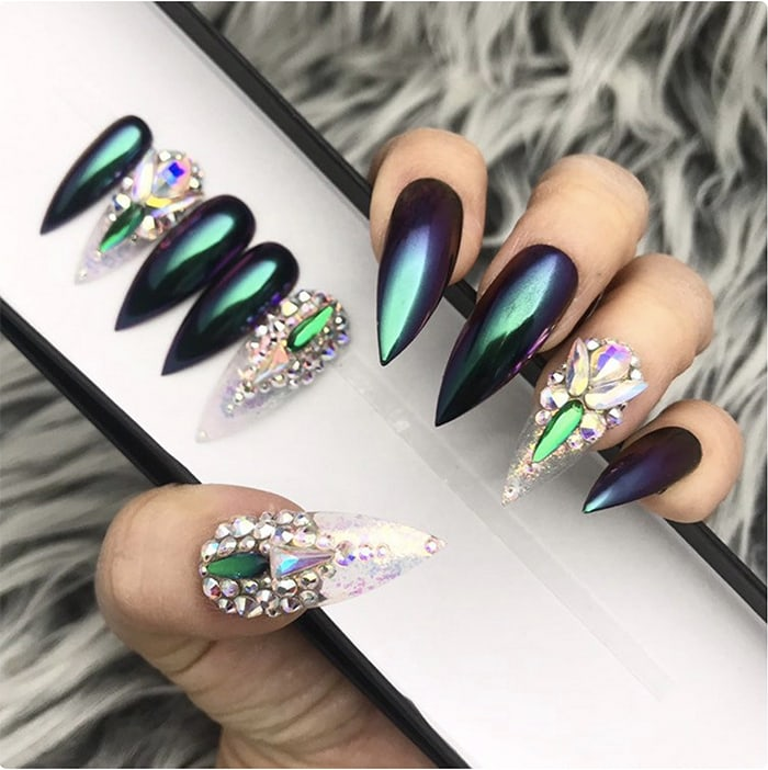 Best Press-On Nails - The Nailest