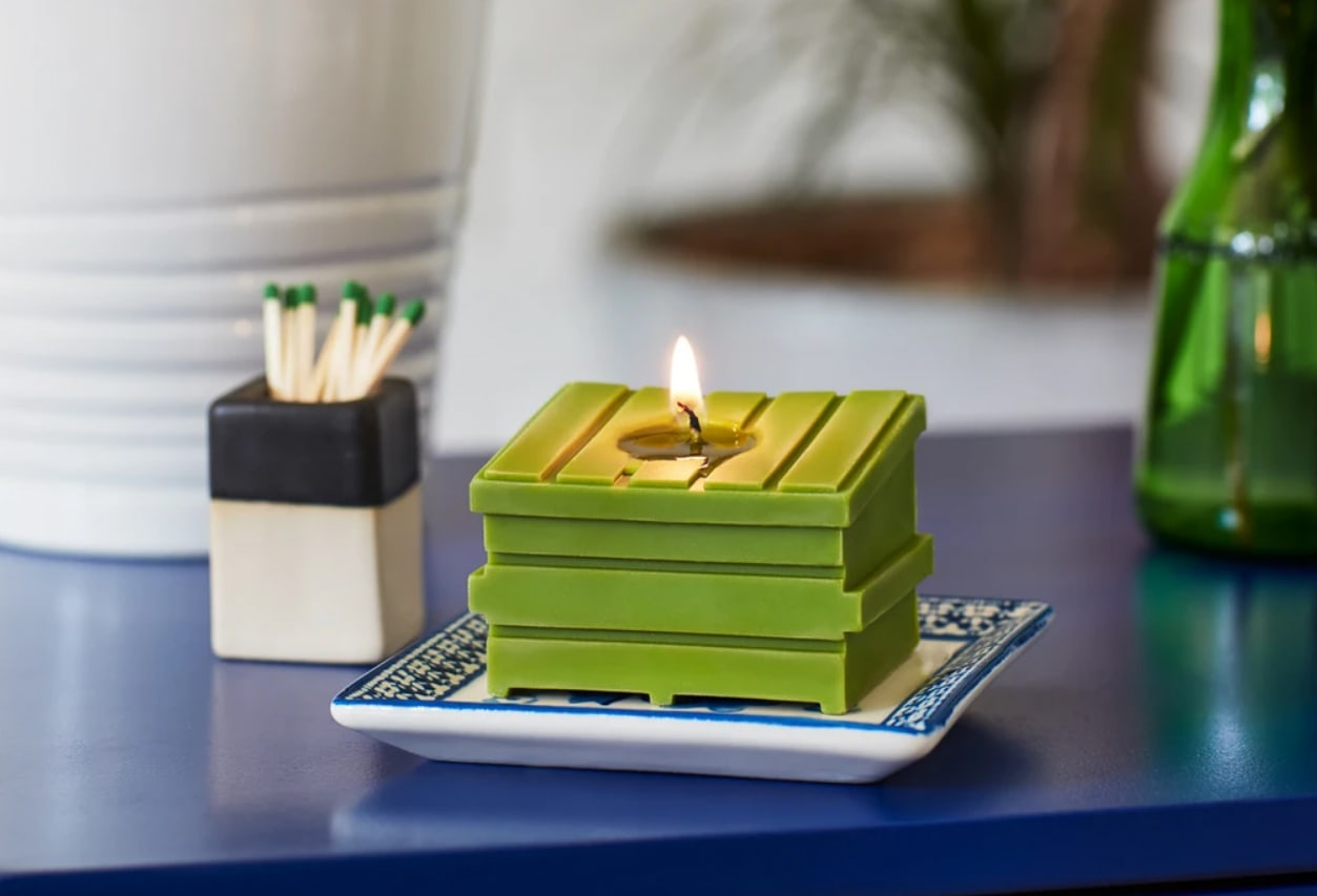 Dumpster Fire Candles - green Resting Beach Face