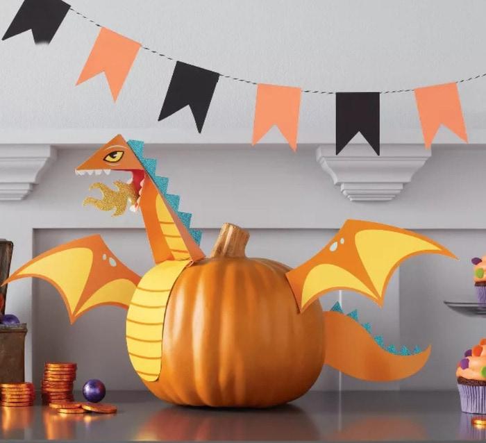 Target Hyde & EEK! Boutique 2020 - Dragon Pumpkin Kit