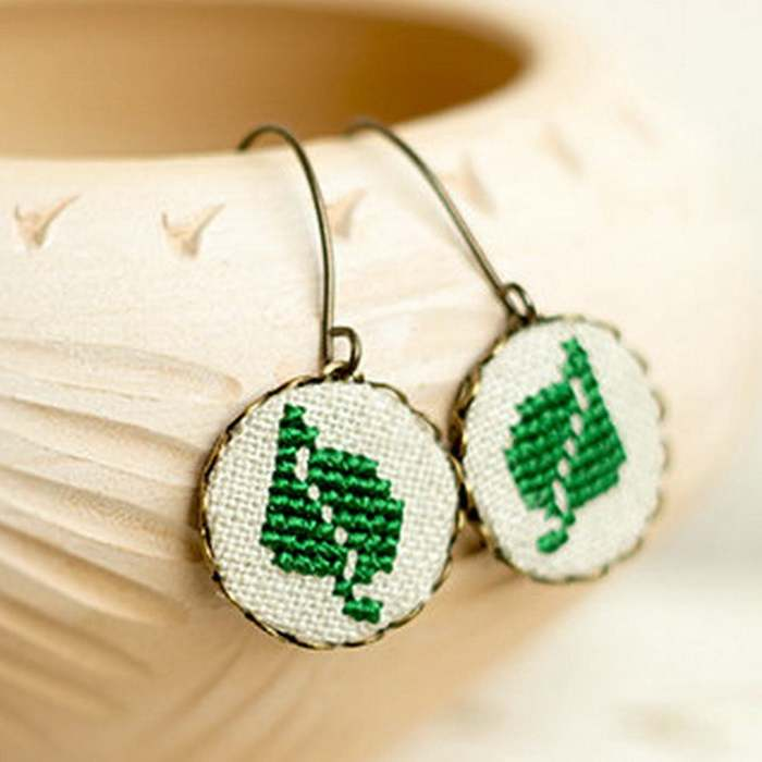 Cottagecore Jewelry knitted green leaf earrings