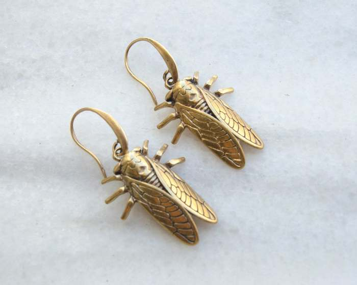 Cottagecore Jewelry Gold 3D bug earrings