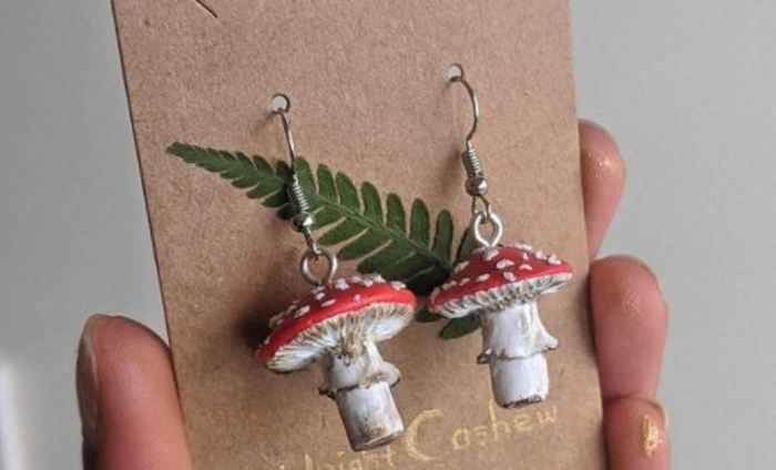 Cottagecore fashion - mushroom earrings