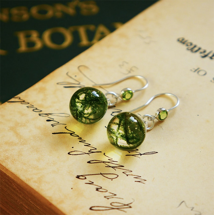 Cottagecore Fashion - Scottish moss earrings