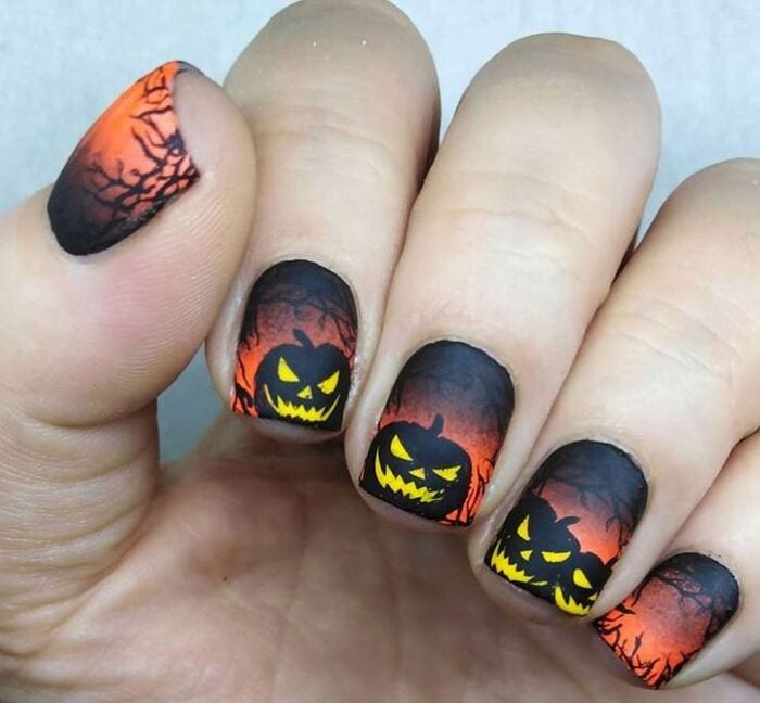 Black Halloween Nails - Evil Pumpkins
