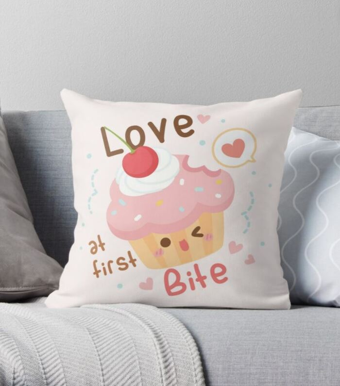 Cupcake puns - Love at first bite pillow