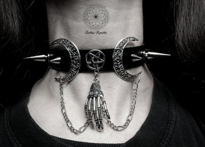 Goth Gift Guide - Choker