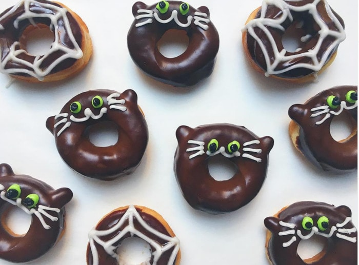 Halloween Donuts - Black Cat