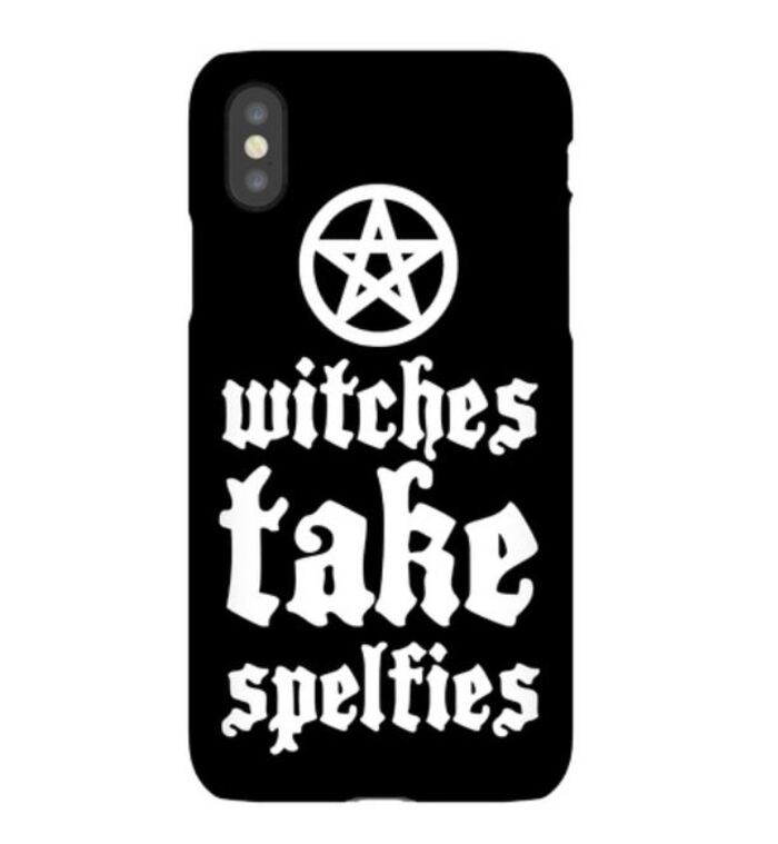Witch puns - Witches take spelfies