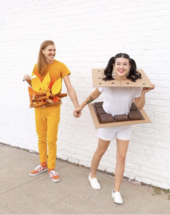 funny couples costumes - Smores