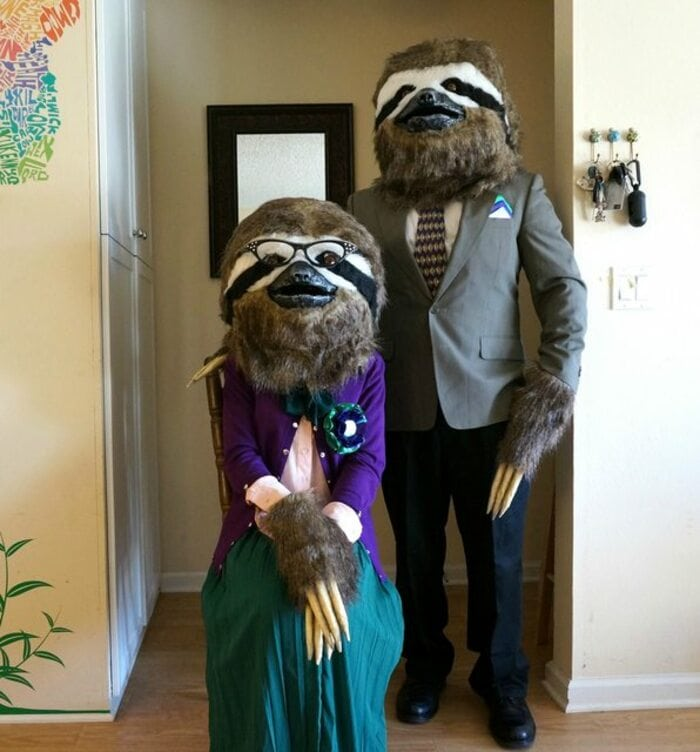 funny couples costumes - Sloth couples