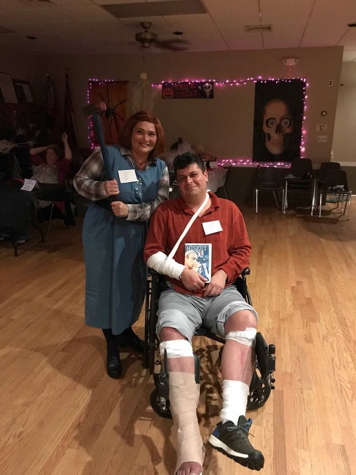 funny couples costumes - Misery couple nurse and broken legs