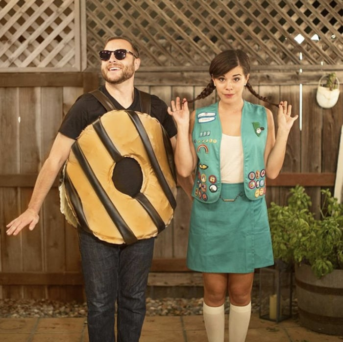 funny couples costumes - Girl Scout and a cookie