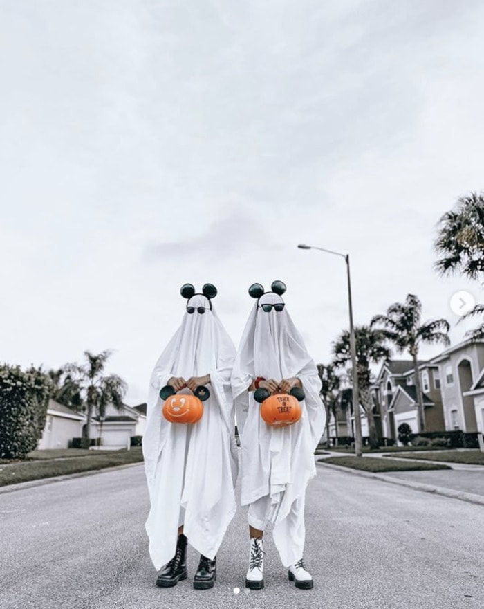funny couples costumes - Ghosts