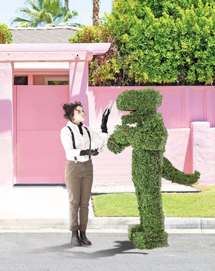 funny couples costumes - Edward Scissorhands and his Topiary
