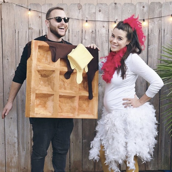 funny couples costumes - Chicken and waffles