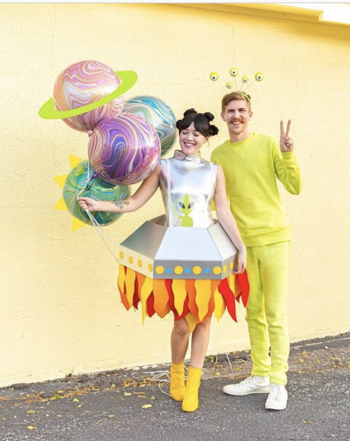 funny couples costumes - Aliens