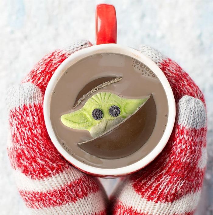 Baby Yoda Hot Cocoa Bomb - Mug