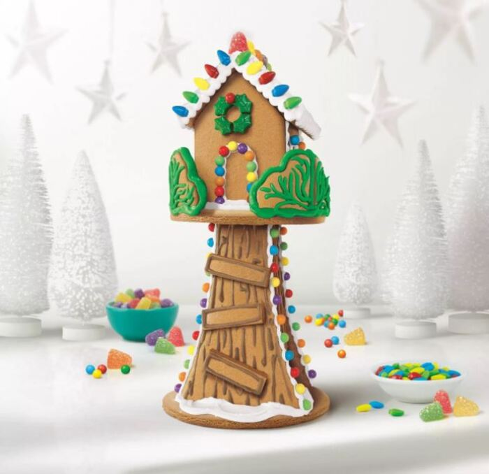 Funny Gingerbread House Ideas - Holiday Tree House Kit