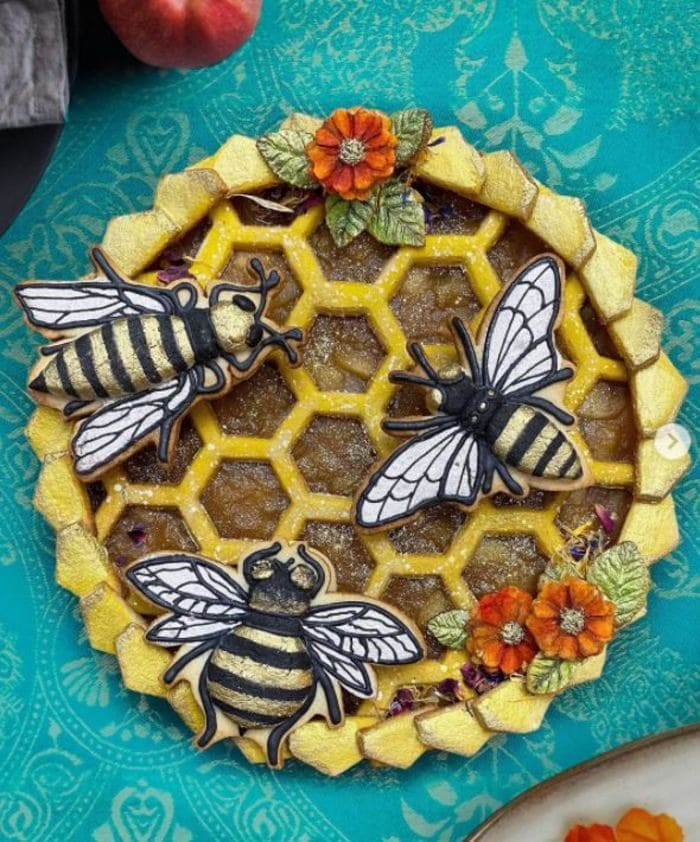 Unique Pies - Bee and honeycomb