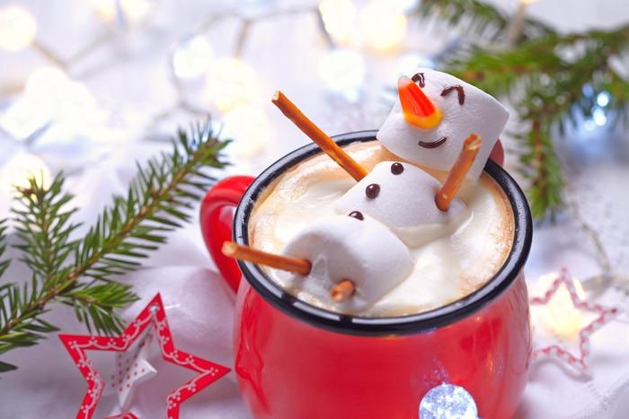 Christmas Jokes - Snowman Marshmallow in Hot Chocolate